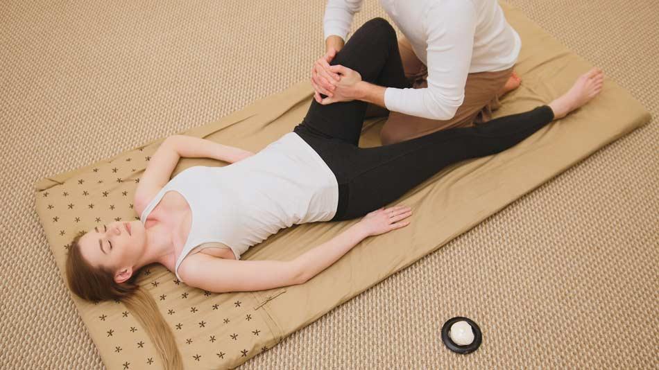 Cours yoga thérapeutique  paris 14 - cours therapie-yoga restaurateur yoga restorative